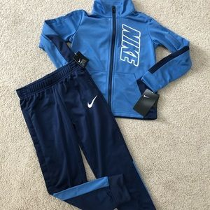 Youth boys size 6 Nike Outfit NWT